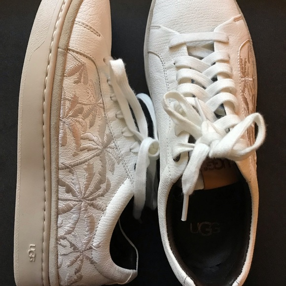 a67709244ab UGG Cali Sneaker Low Palms